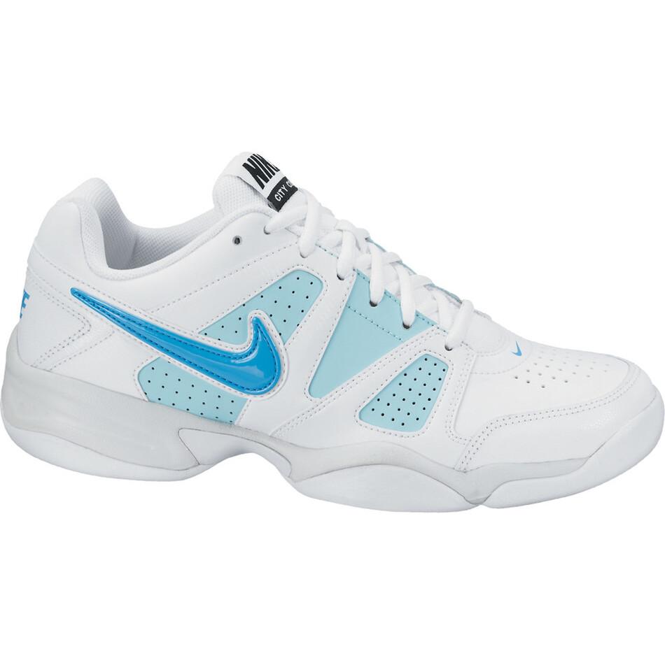 nike indoor court shoes